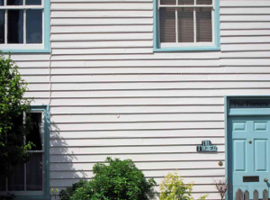 weatherboard installation on home